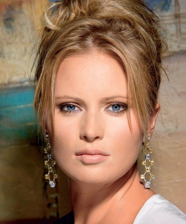 Amazing TV presenter Borisova Dana