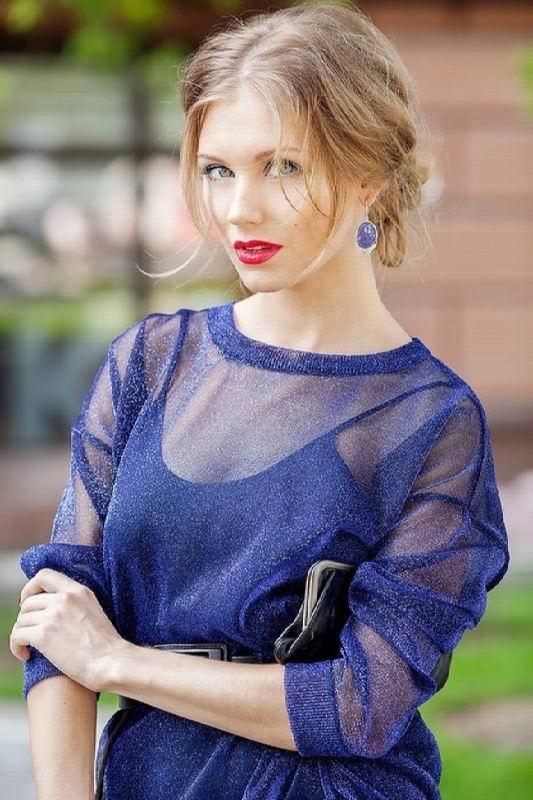 Awesome actress Christina Asmus