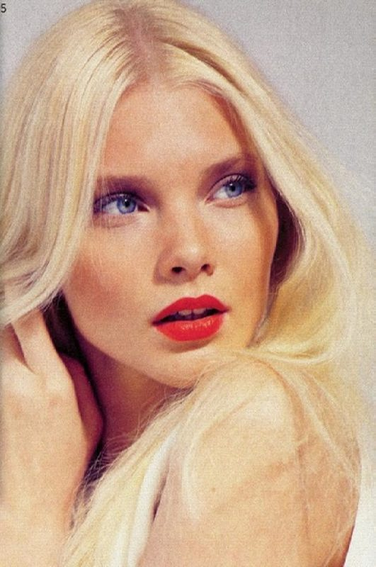 Awesome model Dasha Zhemkova