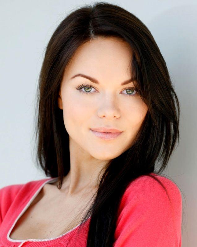 Bright actress and model Anna Monzikova