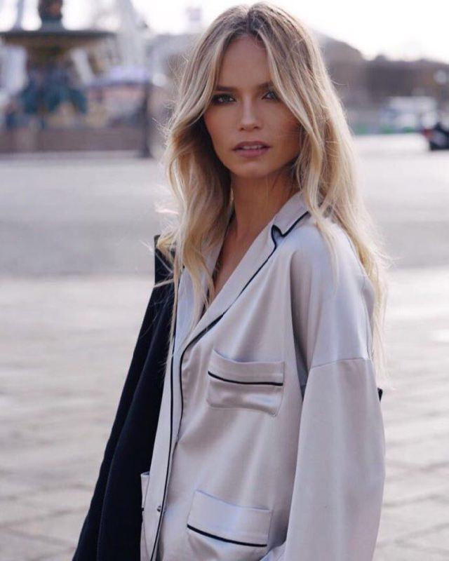 Bright model Natalia Poly