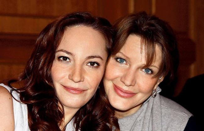 Elena Proklova with her daughter Arina