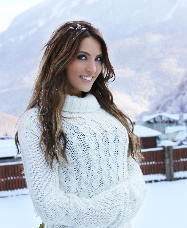 Gorgeous Alina Artts