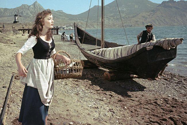 Lovely Vertinskaya in Scarlet Sails