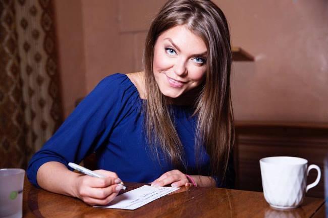 Pretty Oksana Pochepa