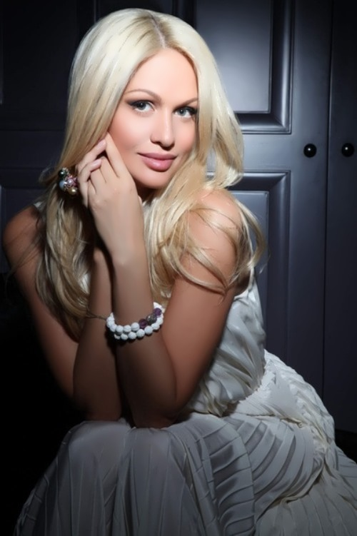 victoria lopyreva beautiful blonde