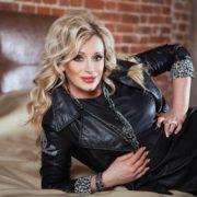 Astonishing singer Gulkina Natalia
