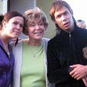 Brilliant singer Edita Pieha and her grandchildren