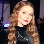 Charming singer Ksenia Novikova