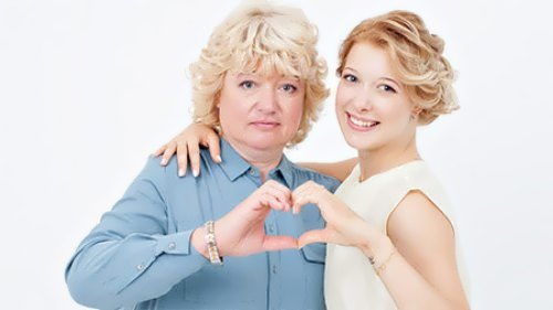 Bobrova and her mother