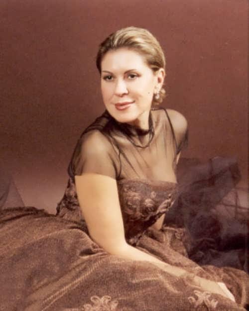 Charming Russian singer Luba Uspenskaya