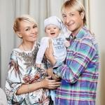 Rudkovskaya, Plushenko and their son