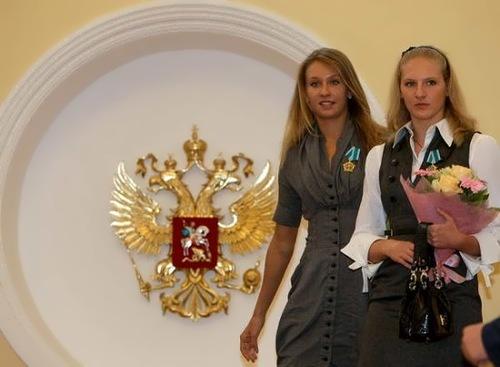 Natalia Ishchenko, Svetlana Romashina - Gold Medalists 2012