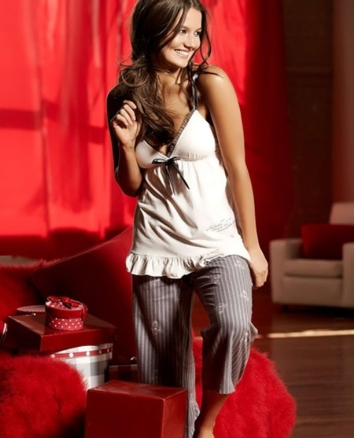 Lina Shekhovtsova, Russian-Canadian model