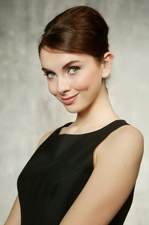 Hizhnyak Ksenia actress