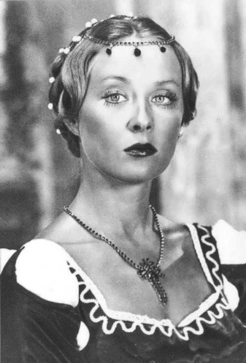 Larisa Udovichenko, Soviet - Russian actress