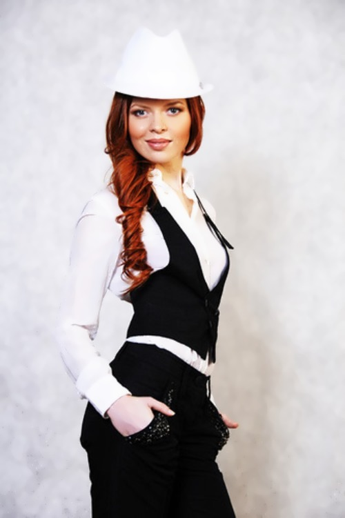 Knyazeva Lena singer