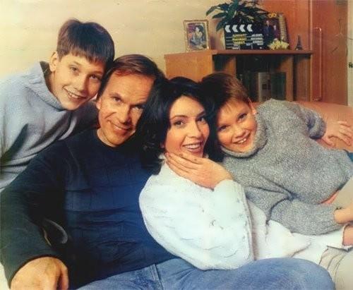 velezheva family
