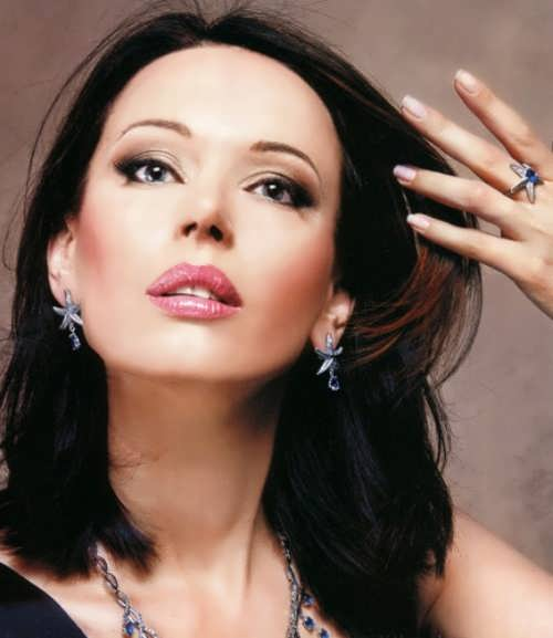 Irina Bezrukova - Russian actress
