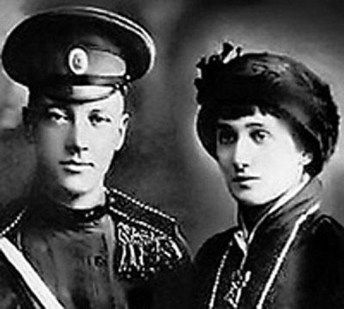 Anna Akhmatova with her husband Nikolay Gumilev