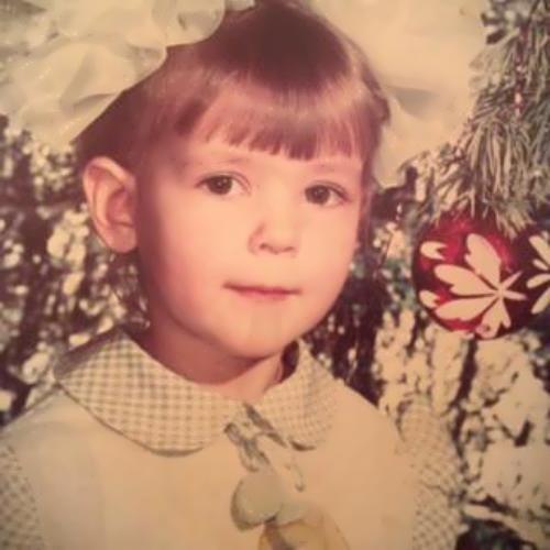 Olga Fonda in her childchood