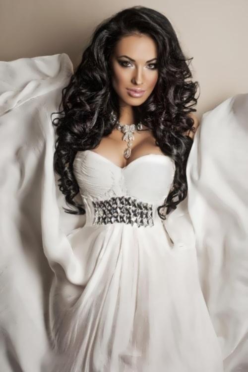 Olesya Malinskaya – model, designer