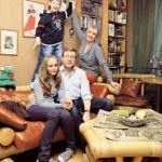 Ardova and her family