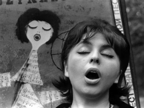 Photographer Miroslav Murazov. Singing Girl, 1960