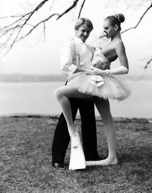 Baryshnikov and 17-year-old Uma Thurman. photo Arthur Elgort. 1987