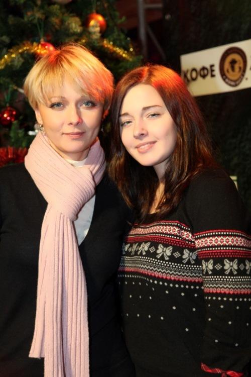 Darya Poverennova daughter