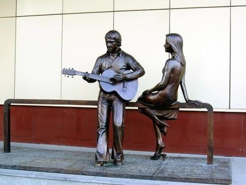 vlady vysotsky statue