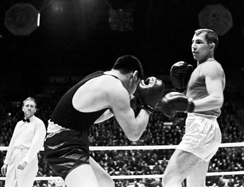 Popenchenko Valery boxer