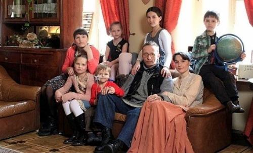 ohlobystin family