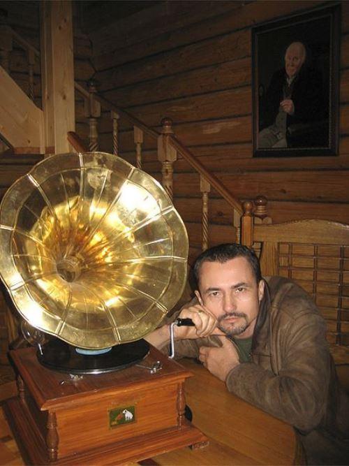 Victor Bregeda - Russian artist