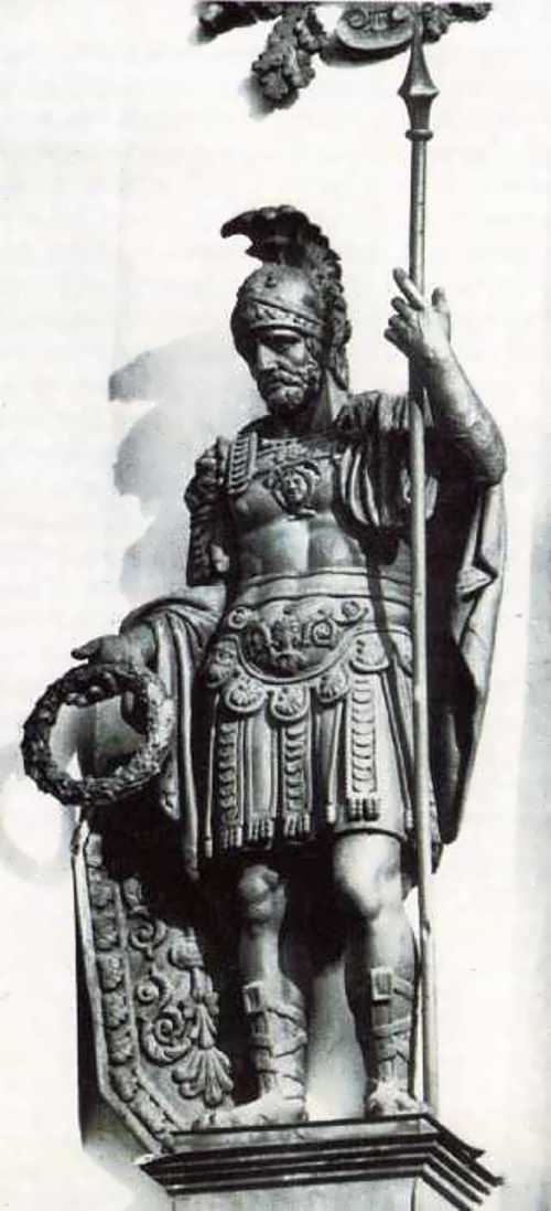 The old warrior. Statue on the facade of the main arch of the General Staff, 1828