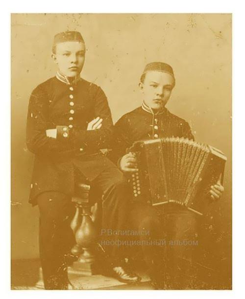 Vladimir and Sergei Ulyanov. Ufa, 1885