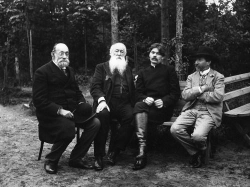 Nikolai Pirogov, Vladimir Stasov, Maxim Gorky and Ilya Repin, 1905