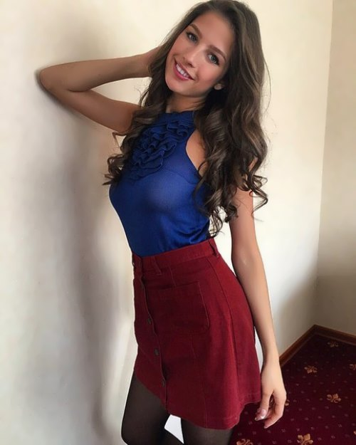 Dobrovolskaya – young beauty queen