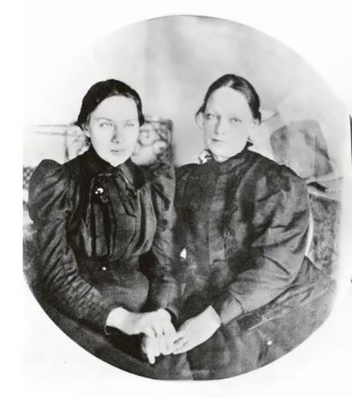 Krupskaya and her mother before the exile