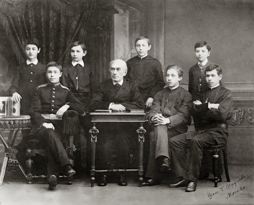 Alexander Scriabin - student of Leonid Maximov (sitting on the left of the teacher)