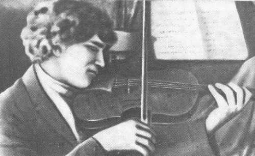 Yeroshenko is playing the violin