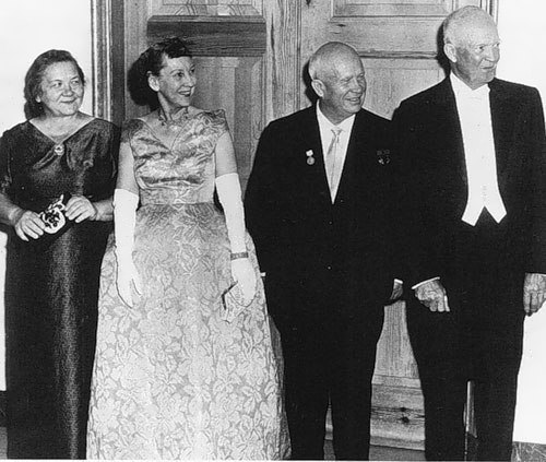 Khrushchev and President Eisenhower with their wives