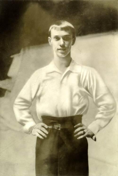 Stunning Vaslav Nijinsky in 1907