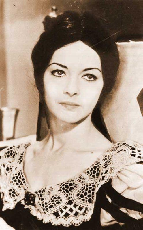 Gorgeous Barbara Brylska