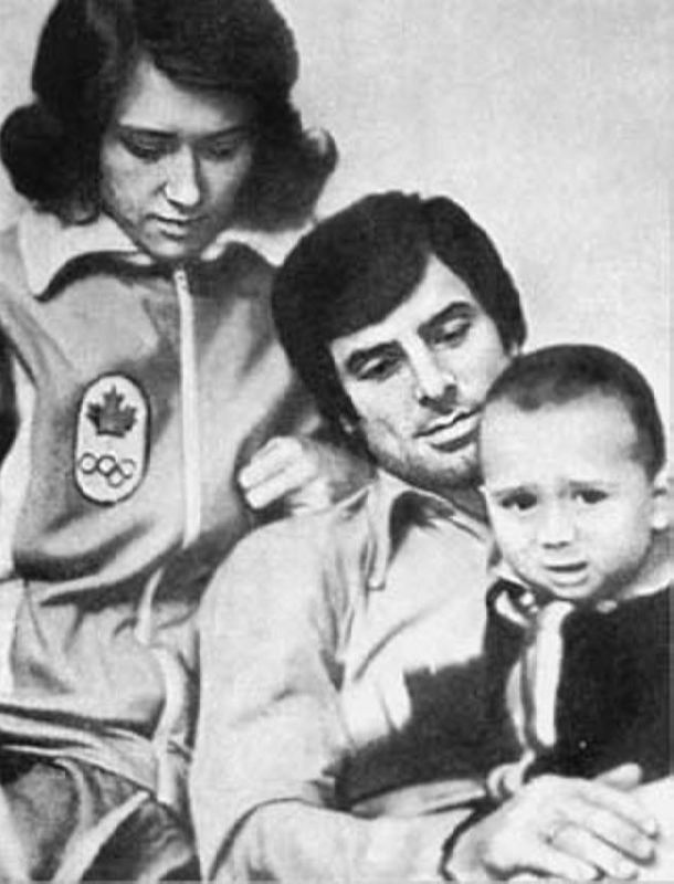 Kharlamov with his wife and son