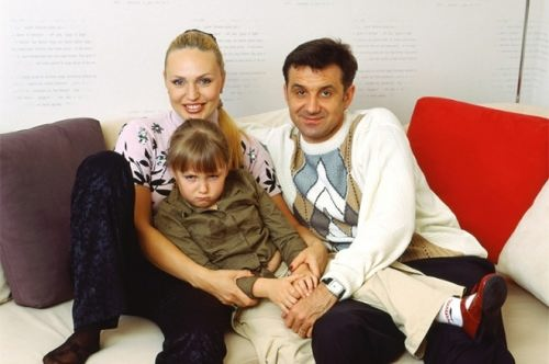 Dmitry Liuty, Alla Dovlatova and their daughter