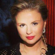 Impressive Anna Semenovich