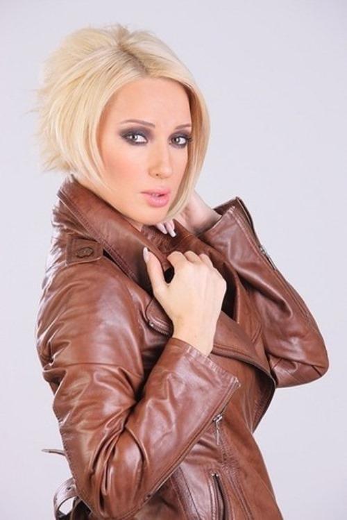 Attractive Lera Kudryavtseva