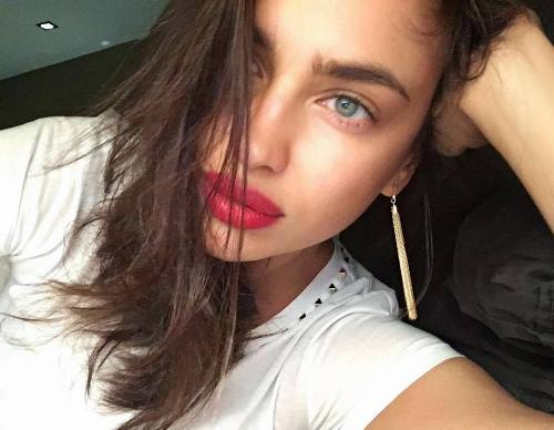 Lovely model Shayk Irina