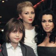 Nastya Zavorotnyuk and her children